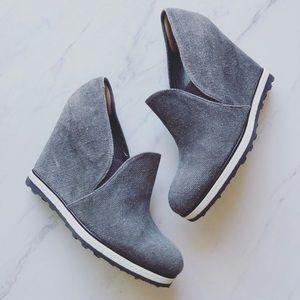 Stuart Weitzman 6.5 Stealth Wedge Slip on Sneaker